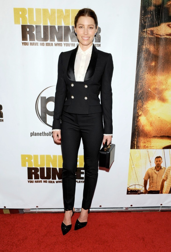 "Jessica Biel Wears Dolce & Gabbana at the ""Runner Runner"" Las Vegas Premiere"