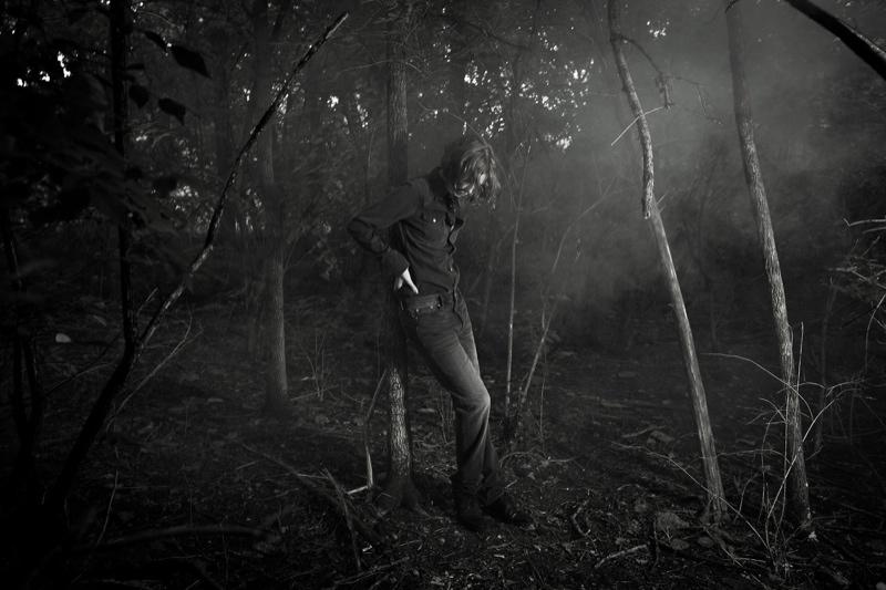 karen elson portraits2 Karen Elson Poses in New BLK DNM Portraits by Johan Lindeberg