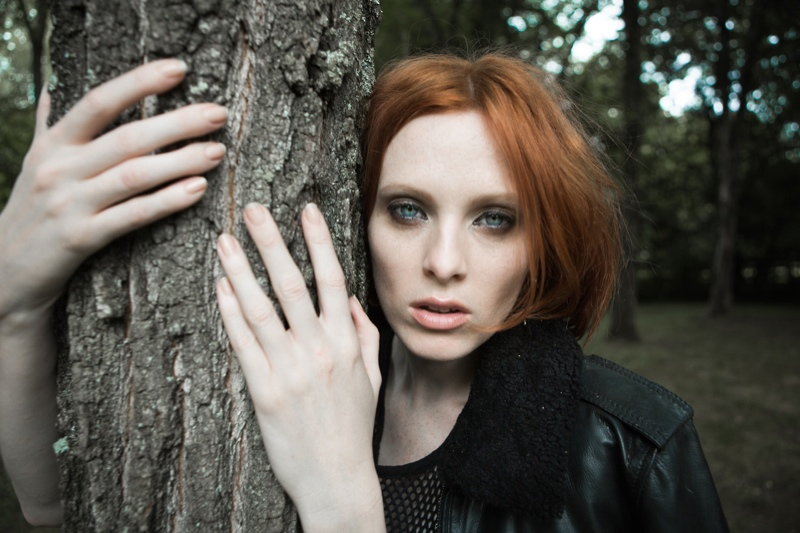 Karen Elson Poses in New BLK DNM Portraits by Johan Lindeberg