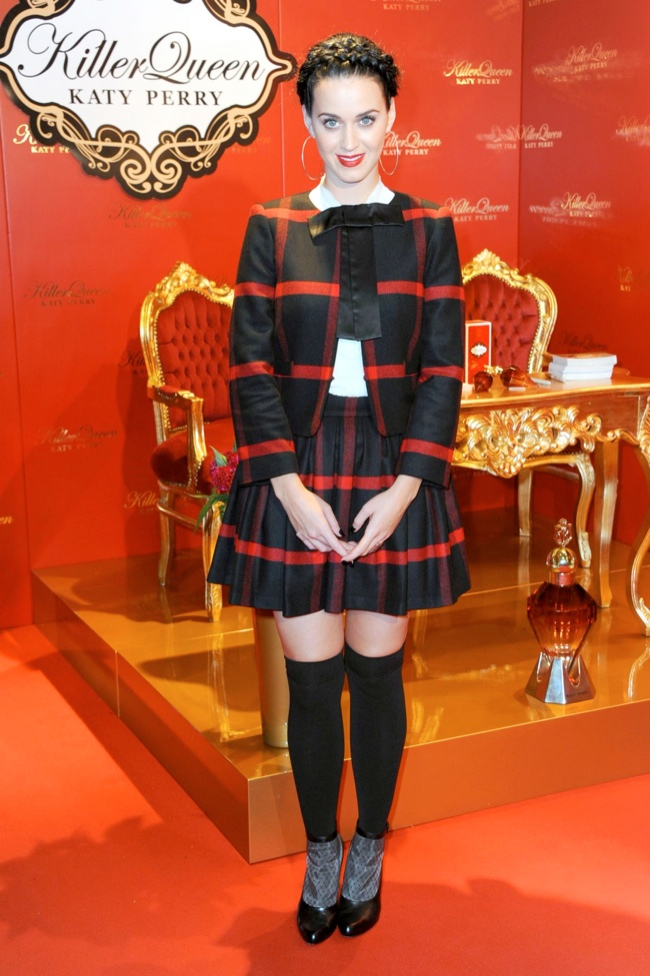 katy perry alice olivia3 Katy Perry Wears Alice + Olivia at Her Killer Queen Fragrance Launch in Berlin