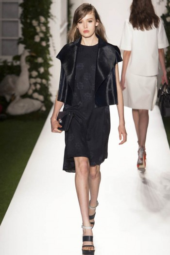 mulberry spring 2014 23 350x524 Mulberry Spring 2014 | London Fashion Week