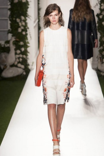 mulberry spring 2014 26 350x524 Mulberry Spring 2014 | London Fashion Week