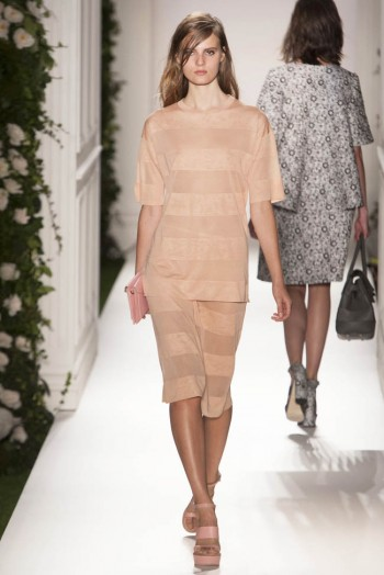 mulberry spring 2014 7 350x524 Mulberry Spring 2014 | London Fashion Week