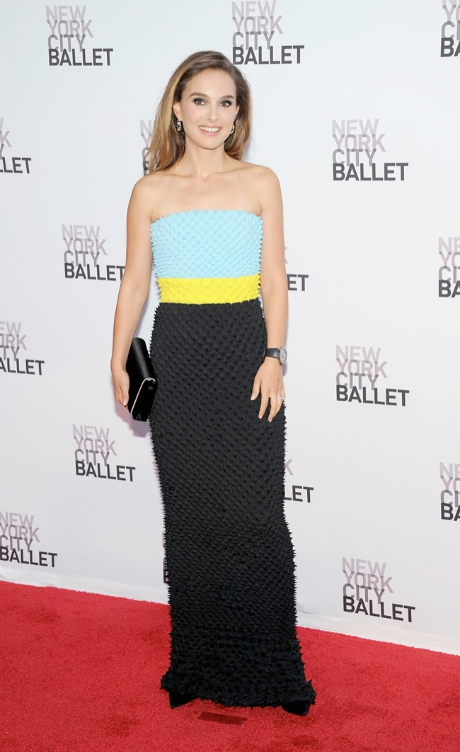 natalie dior couture2 Natalie Portman Wears DIor Haute Couture at the 2013 NYC Ballet Gala