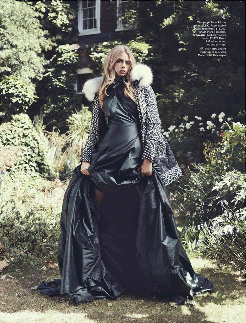 queen cara3 Cara Delevingne Channels Royalty in Vogue Australia Shoot by Benny Horne
