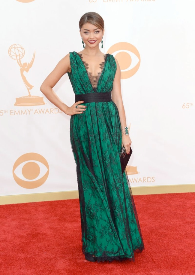 sarah hyland carolina herrera Kerry Washington in Marchesa, Claire Danes in Armani + More EMMY Award Style