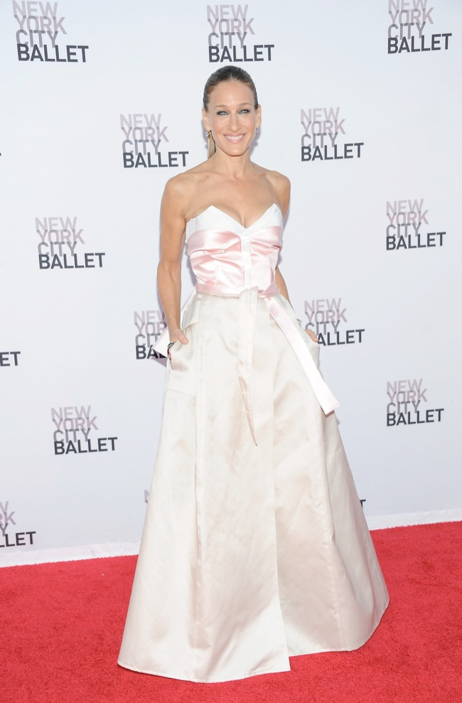 sarah jessica prabal gurung1 Sarah Jessica Parker Wears Prabal Gurung at the 2013 NYC Ballet Gala