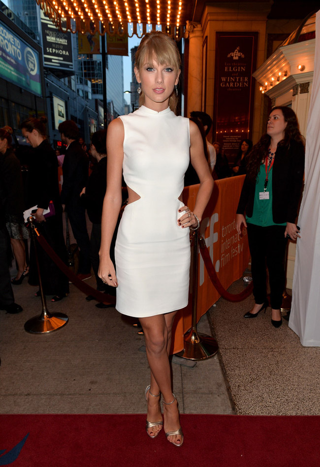taylor calvin klein2 Taylor Swift Wears Calvin Klein Collection at the One Chance Premiere
