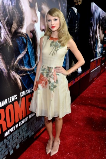 "Taylor Swift Wears Reem Acra at the ""Romeo & Juliet"" Premiere"