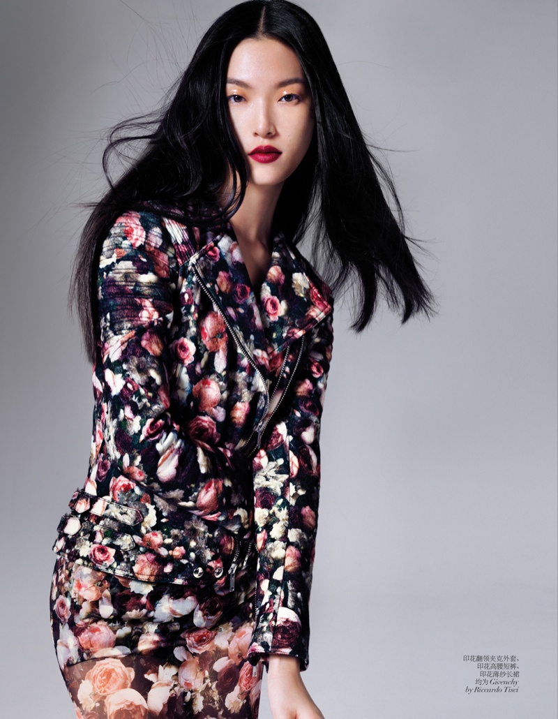 tian yi model4 Tian Yi Wears New Season Fashions for Vogue China by Stockton Johnson