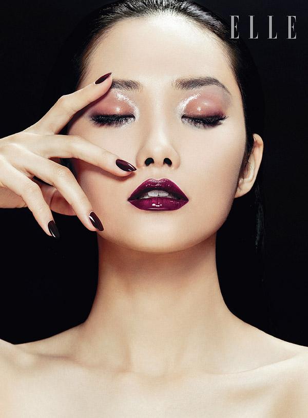 Kwak Ji Young Poses for Zhang Jingna in Elle Vietnam Beauty Feature