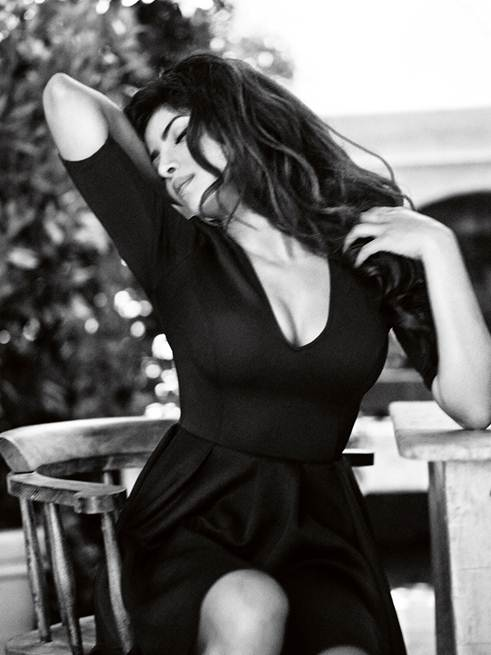 Priyanka Chopra Guess3 Bollywood Star Priyanka Chopra Named Face of Guess Holiday 2013 Campaign