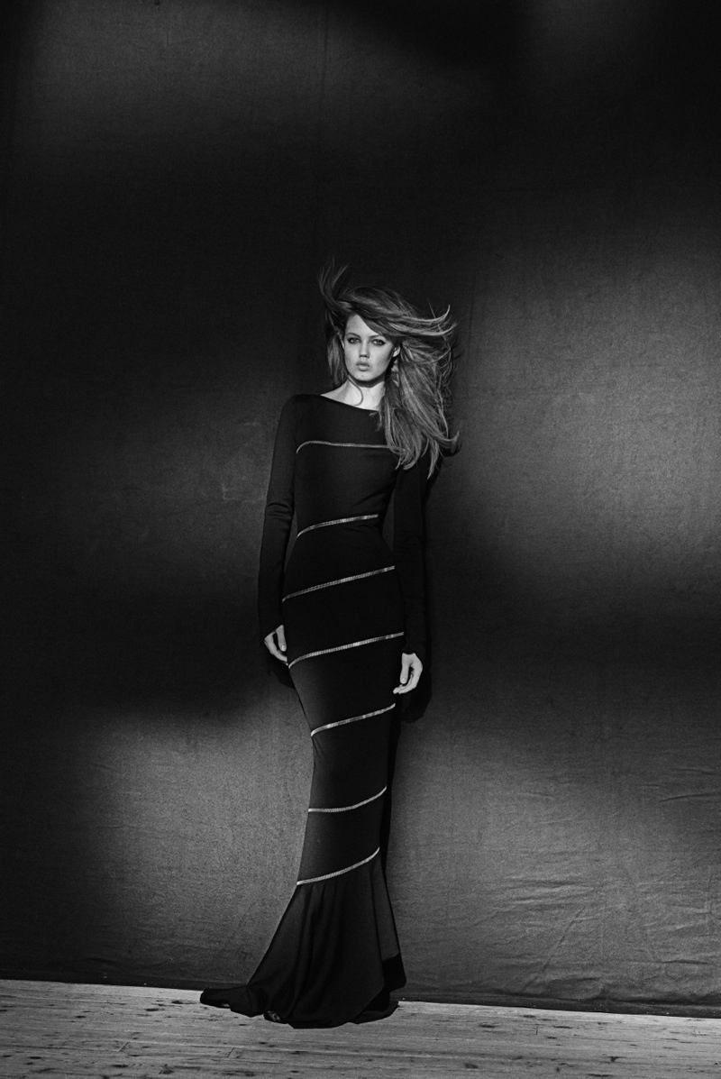 azzedine alaia exhibit6 Lindsey Wixson Poses for Azzedine Alaia Retrospective by Peter Lindbergh