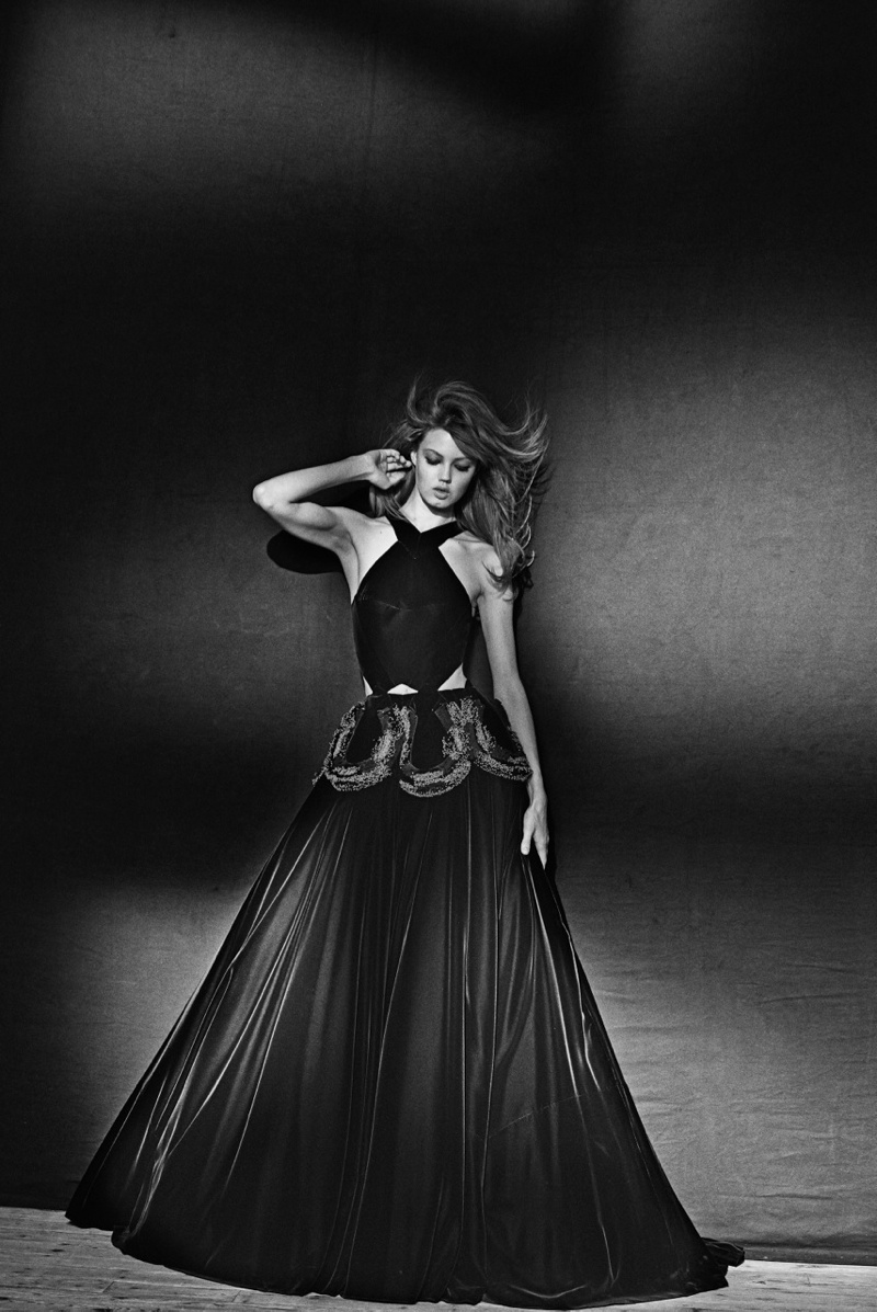 azzedine alaia exhibit7 Lindsey Wixson Poses for Azzedine Alaia Retrospective by Peter Lindbergh