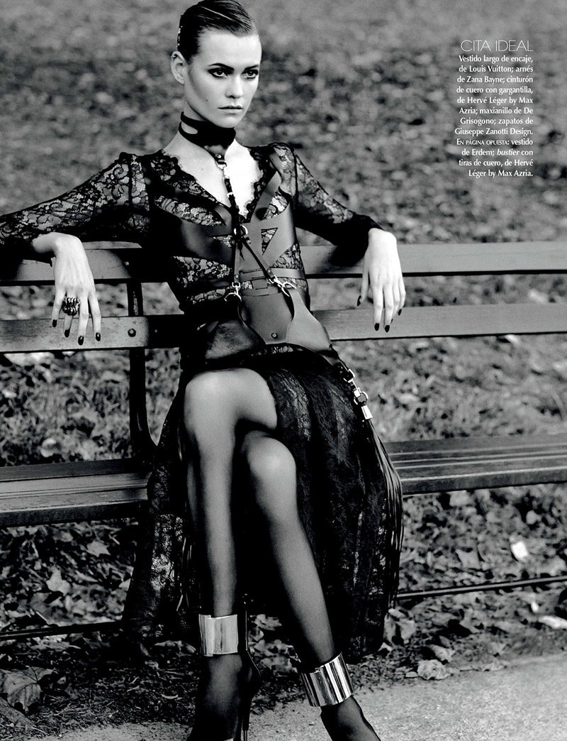 behati david roemer2 Behati Prinsloo is a Vixen in Black for Vogue Mexico by David Roemer