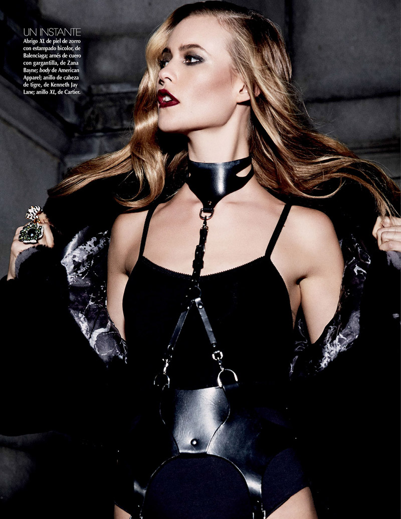 behati david roemer7 Behati Prinsloo is a Vixen in Black for Vogue Mexico by David Roemer