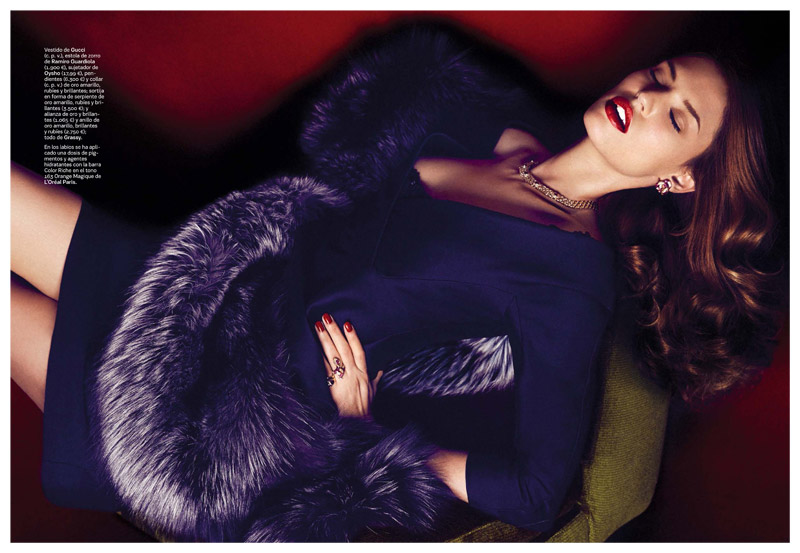 Bianca Balti Dazzles in S Moda October 2013 by Alvaro Beamud Cortes