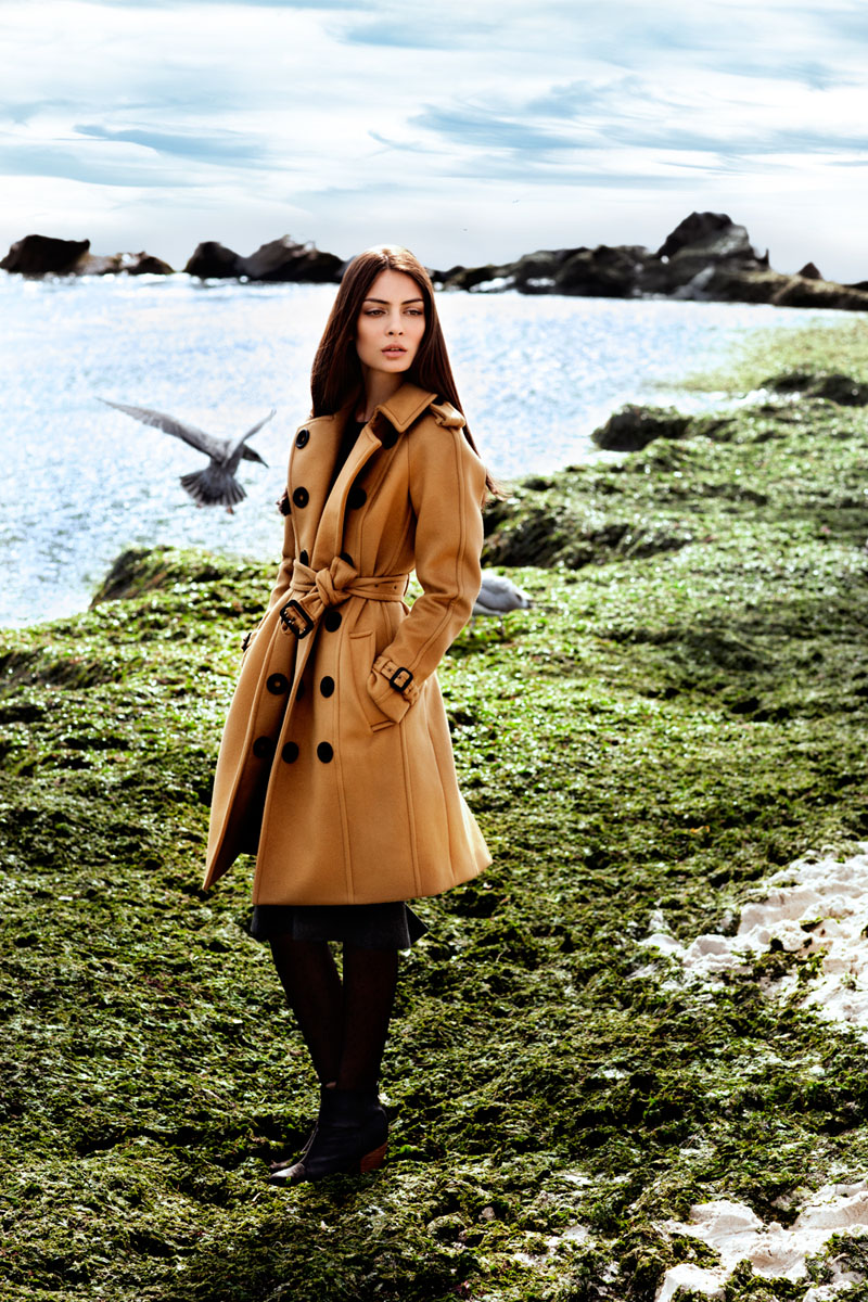 "burberry paula4 Paula by Della Bass in ""Burberry Days in Long Beach"" for Fashion Gone Rogue"