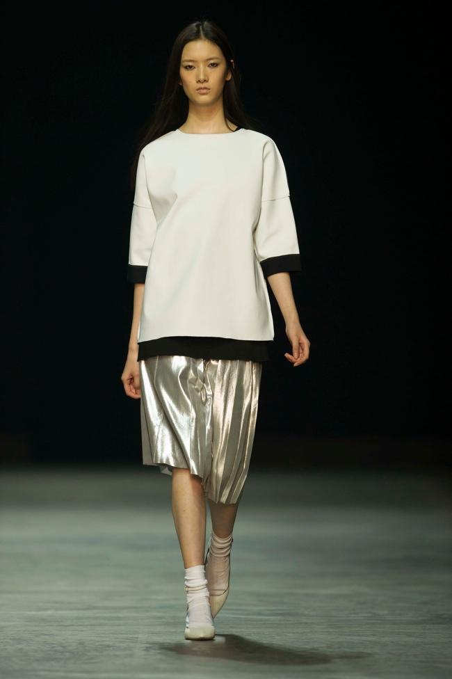 calvin klein platinum1 Liu Wen, Soo Joo + More Walk Calvin Klein Platinum Spring/Summer 2014 in Hong Kong