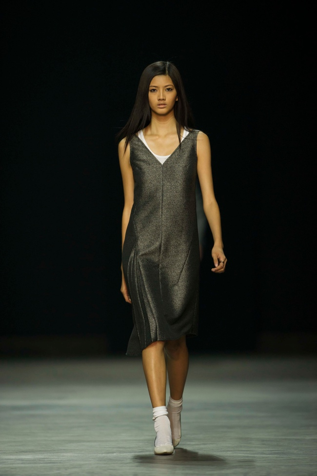 calvin klein platinum4 Liu Wen, Soo Joo + More Walk Calvin Klein Platinum Spring/Summer 2014 in Hong Kong