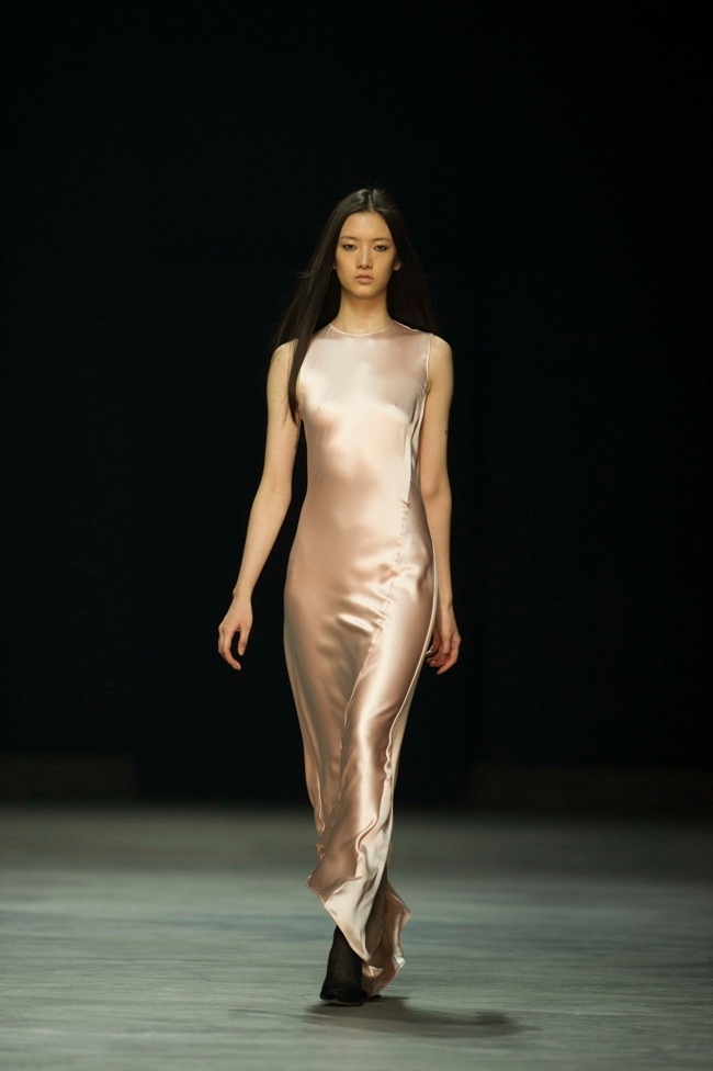 calvin klein platinum9 Liu Wen, Soo Joo + More Walk Calvin Klein Platinum Spring/Summer 2014 in Hong Kong