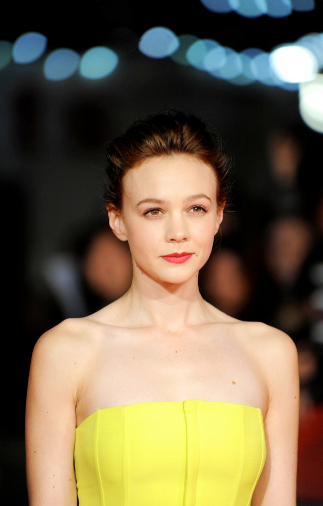 carey dior3 Carey Mulligan Wears Dior at the 57th BFI London Film Festival