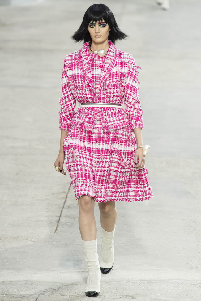 chanel spring 2014 1 Chanel Spring/Summer 2014 | Paris Fashion Week