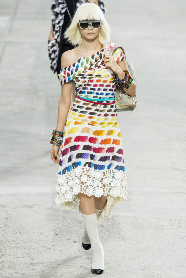 chanel spring 2014 75 5 Stunning Paris Fashion Week Spring/Summer 2014 Trends