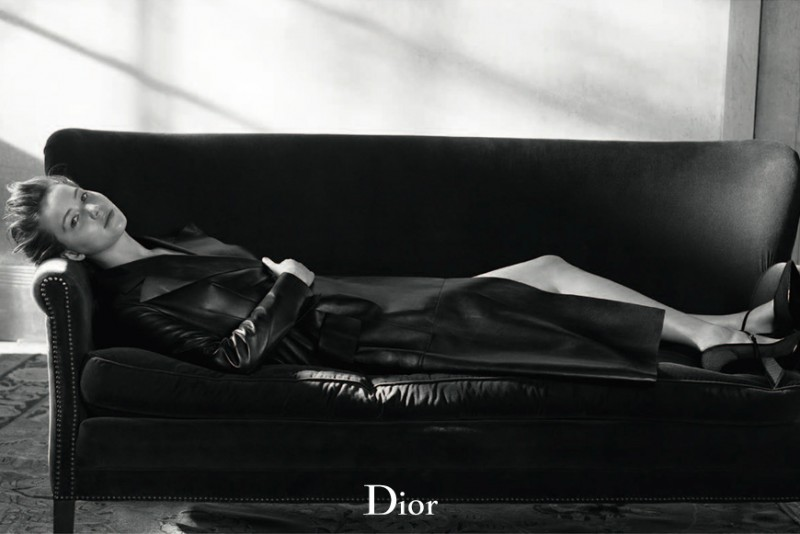 dior mag jennifer lawrence3 800x534 Jennifer Lawrence Sits for Dior Magazine Fall/Winter 2013
