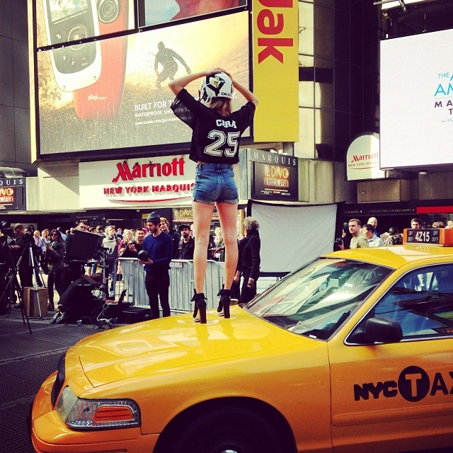 dkny instagram7 See Cara Delevingne, Jourdan Dunn + Eliza Cummings Pose for the Upcoming DKNY Ads