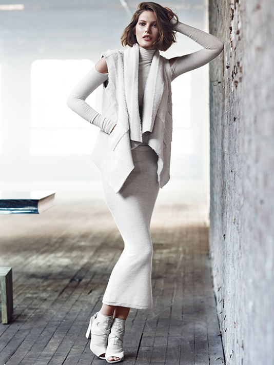 donna karan resort 2014 ads8 Catherine McNeil Cozies Up for Donna Karan Resort 2014 Campaign + Cashmere Mailer
