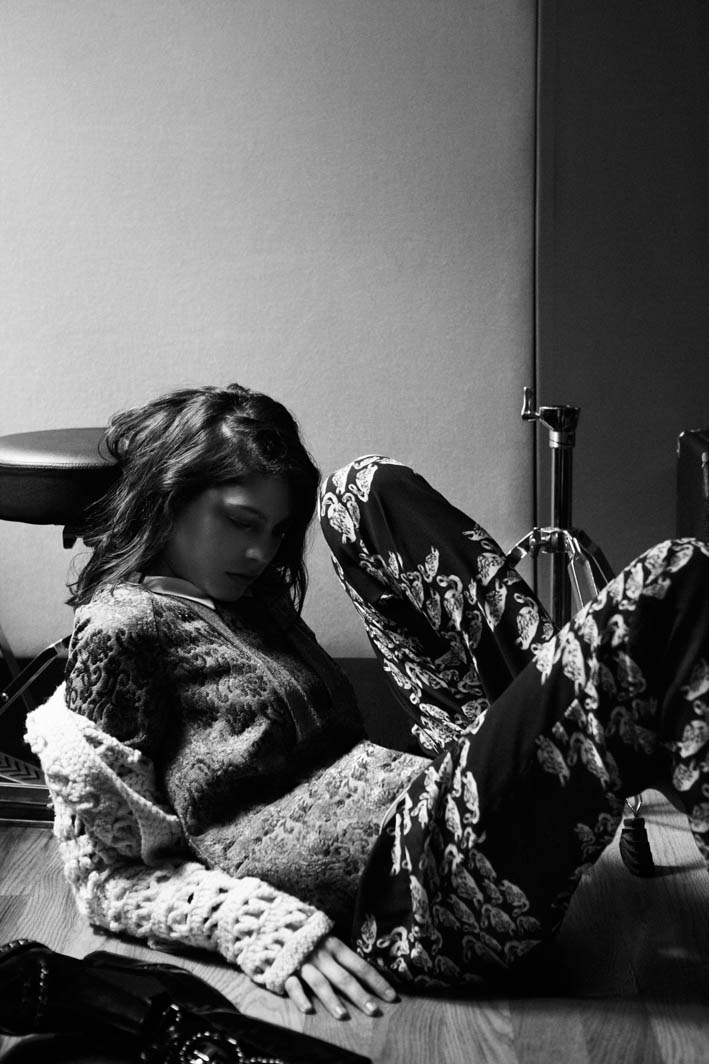 elle santiago ruisenor5 Lorena Okhuysen Makes Music for Elle Mexico Shoot by Santiago Ruisenor