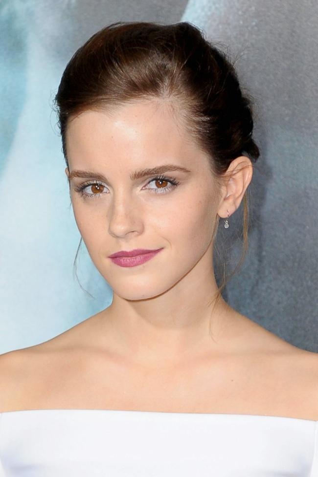 emma j mendel3 Emma Watson Wears J. Mendel at the Gravity New York Premiere