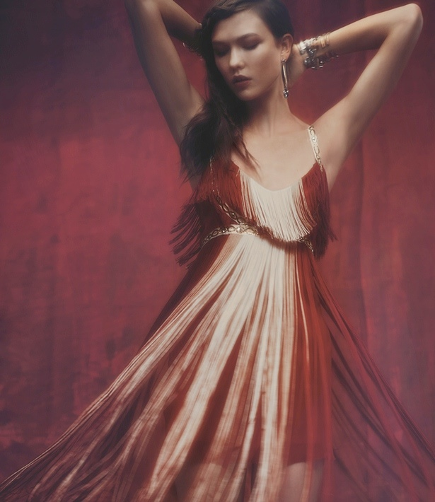 fp holiday lookbook9 Free People Taps Karlie Kloss, Anna Selezneva + More for Mystical Holiday
