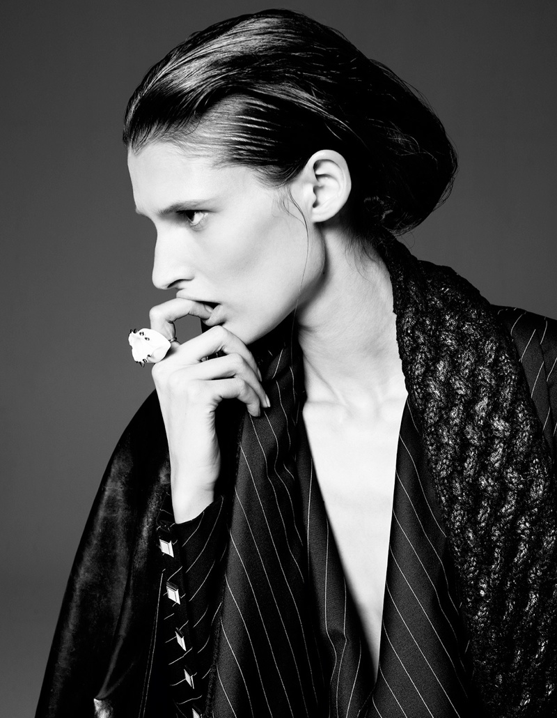 franzi gianluca fontana3 Marie Piovesan Wears Draped Style in W Korea Shoot by Gianluca Fontana