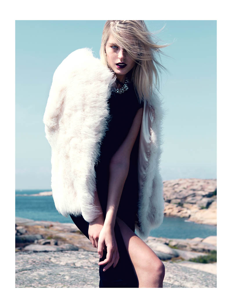 fredrik wannerstedt2 Linnea Regander Embraces the Outdoors for Elle Serbia by Fredrik Wannerstedt