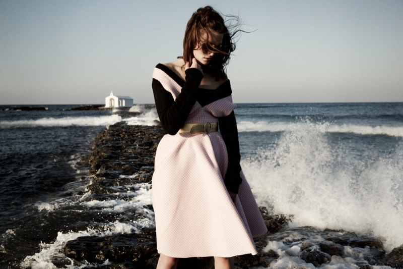 greece fashion shoot6 Charlotte Pallister Poses in Greece for Grazia Germany #40