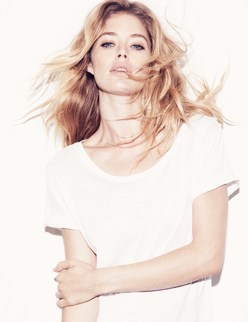 hm basics1 Doutzen Kroes Wears the Basics for H&M Style Update