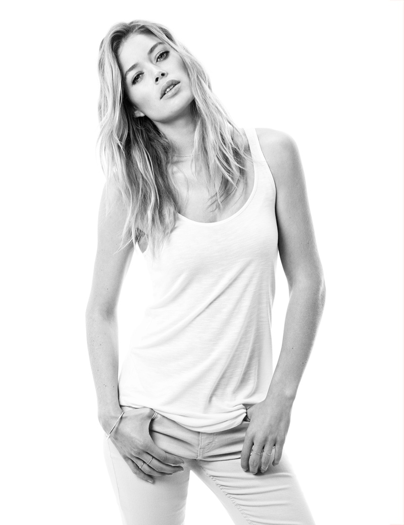 hm basics3 Doutzen Kroes Wears the Basics for H&M Style Update