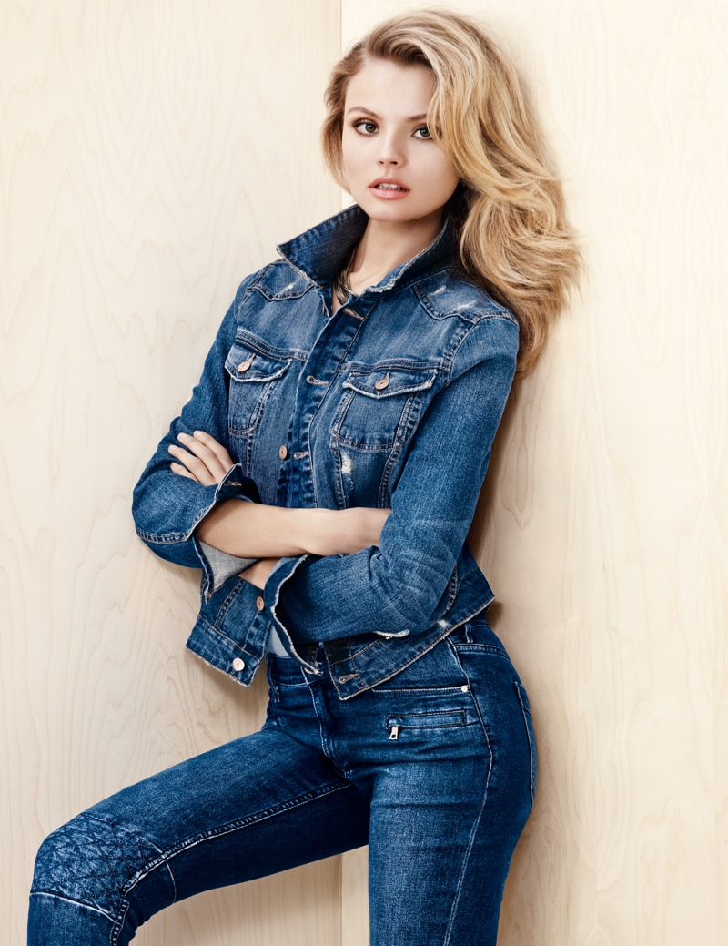 hm denim4 Magdalena Frackowiak Wears Denim on Denim for H&M Trend Update