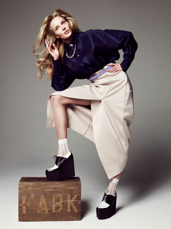 ieva please shoot2 Ieva Laguna is Ladylike Chic for Nagi Sakai in Please! Shoot