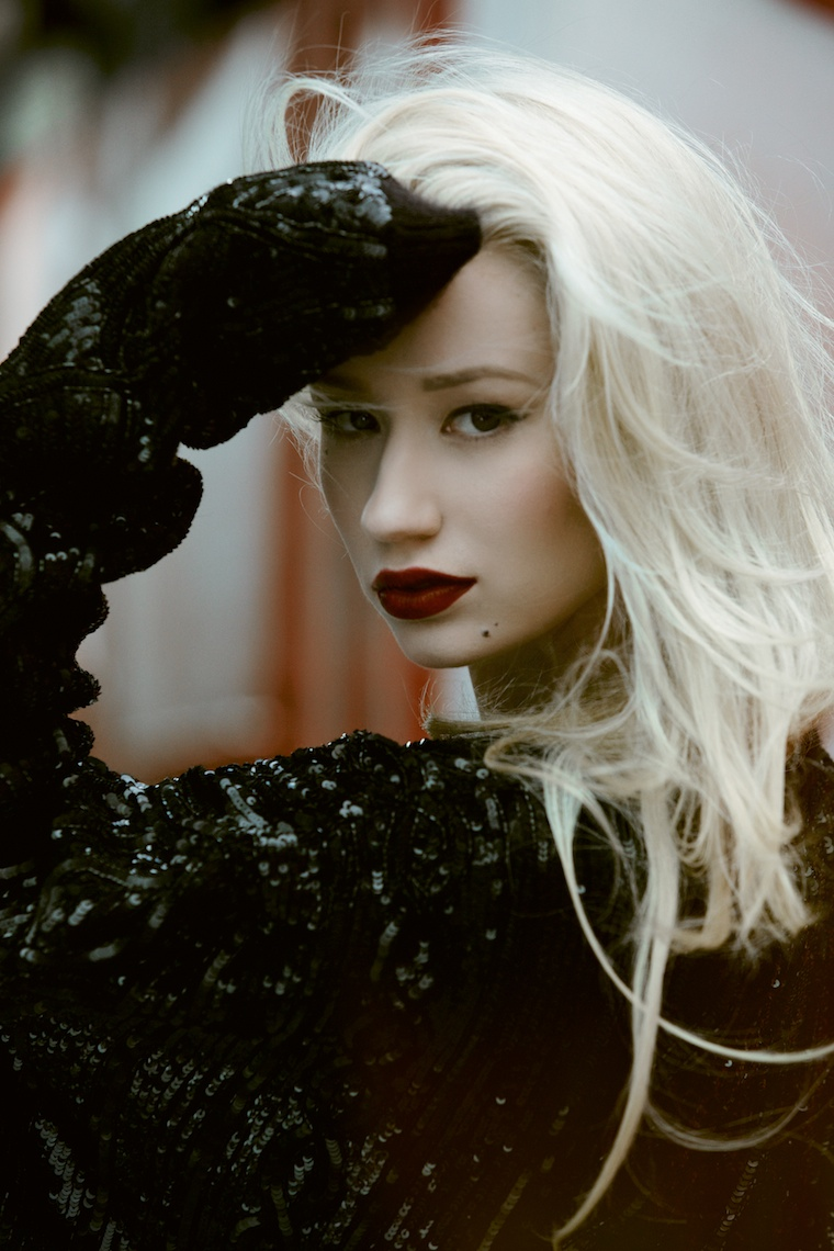 iggy azalea shoot9 Iggy Azalea Stars in Papers October 2013 Cover Story by Harper Smith