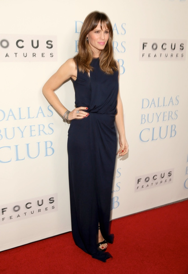 jennifer garner vionnet1 Jennifer Garner Wears Vionnet at the Dallas Buyers Club Premiere