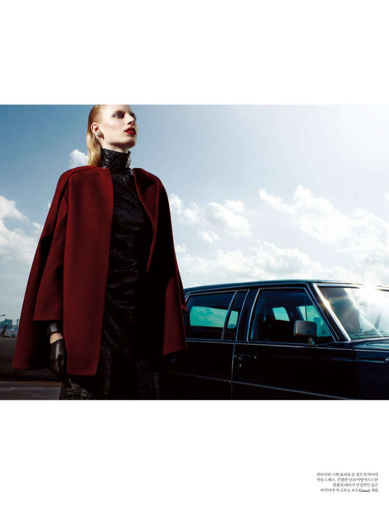 julia nobis w shoot3 Julia Nobis Models Gucci for Santiago & Mauricio in W Korea Spread