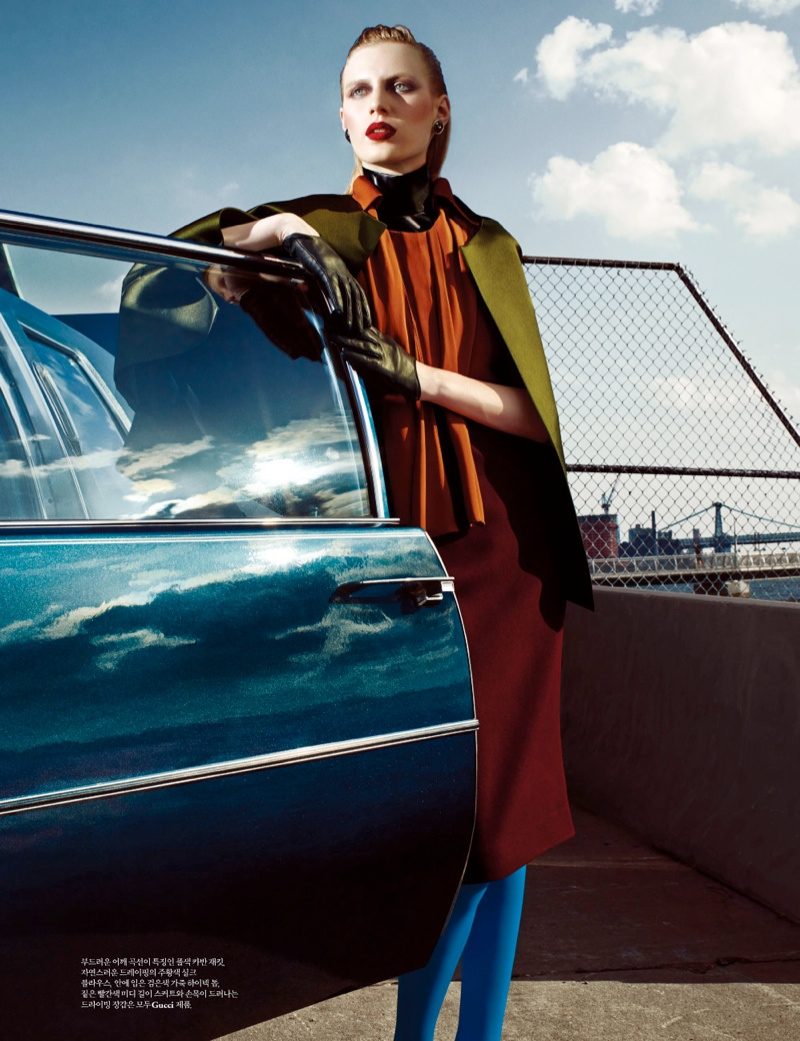 julia nobis w shoot5 Julia Nobis Models Gucci for Santiago & Mauricio in W Korea Spread