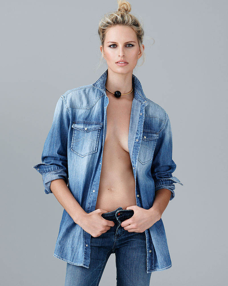 karolina kurkova 1 Karolina Kurkova Stuns in Denim for S Moda Shoot by Eric Guillemain