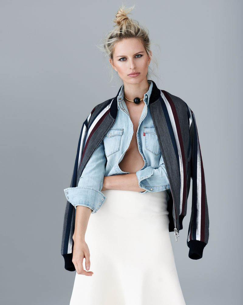karolina kurkova 4 Karolina Kurkova Stuns in Denim for S Moda Shoot by Eric Guillemain