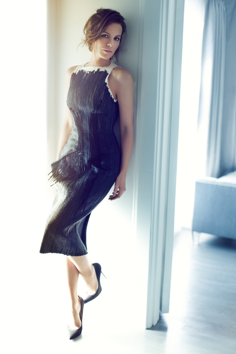 kate beckinsale4 Kate Beckinsale Stuns for Diego Uchitel in C Magazine Spread