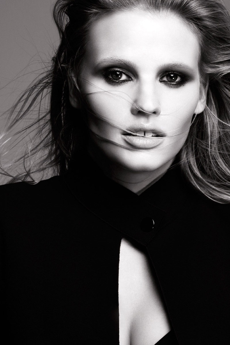 lara loreal portrait Lara Stone Named the New Face of LOreal Paris