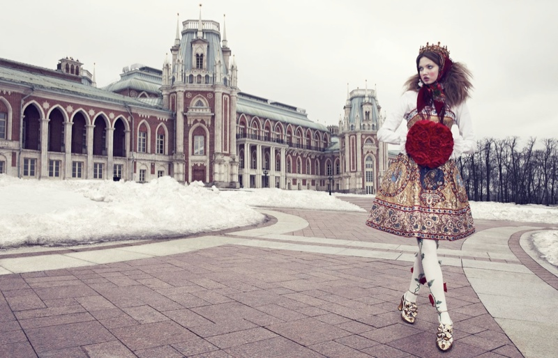 lindsey wixson model2 Lindsey Wixson Models Winter Fashions for Emma Summerton in Vogue Japan